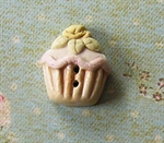 Picture of Large Rose Cup Cake Yellow